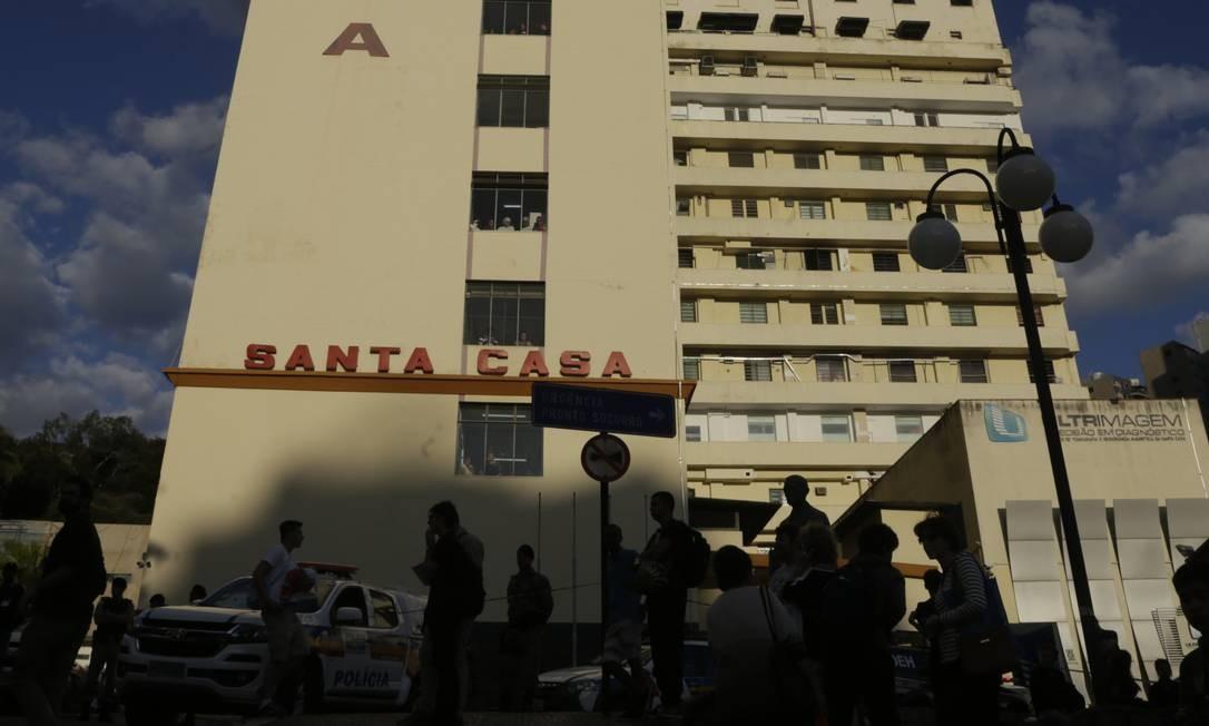 Fachada da Santa Casa de Juiz de Fora, onde Bolsonaro ficou internado Foto: Antonio Scorza / Agência O Globo