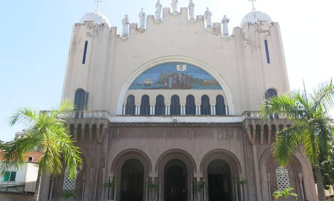 A frente do templo reúne elementos arquitetônicos dos estilos art noveau, art déco e neobizantino Foto: Mauricio Peixoto / Agência O Globo