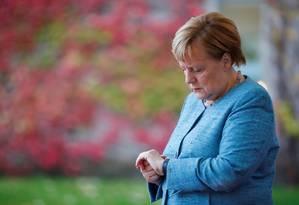 Chanceler federal alemã, Angela Merkel, espera líderes africanos para conferência em Berlim; ela já anunciou sua gradual retirada política Foto: HANNIBAL HANSCHKE / REUTERS