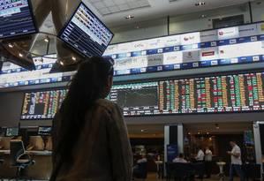 Fundos de ações apresentaram o melhor retorno no mês de outubro Foto: MIGUEL SCHINCARIOL / Agência O Globo