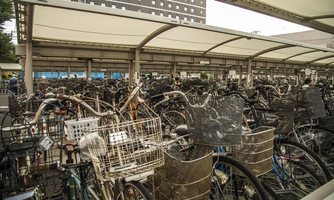 Bicicletário em estação ferroviária em Fukushima Foto: Bárbara Lopes / Agência O Globo