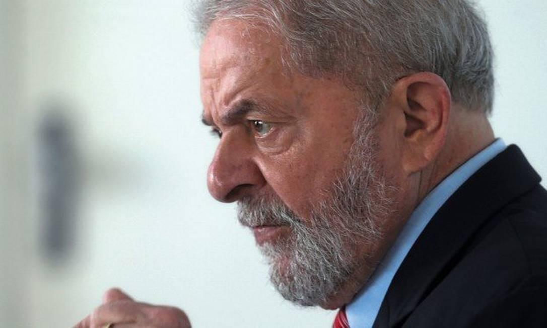 O ex-presidente Lula está preso em Curitiba (PR) Foto: Paulo Whitaker / Reuters