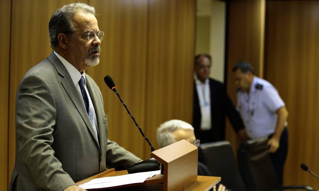 O ministro da Segurança Pública, Raul Jungmann, concede entrevista coletiva Foto: Jorge William / Agência O Globo