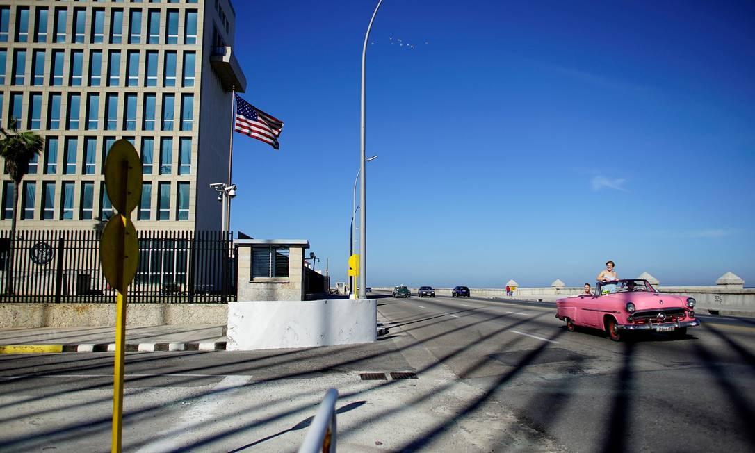 Embaixada americana em Havana: Bolton anunciou novas sanções contra a ilha Foto: ALEXANDRE MENEGHINI / REUTERS