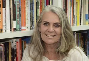 Cristina Oldemburg criou, há 15 anos, a biblioteca na Central do Brasil Foto: divulgação/marco rodrigues