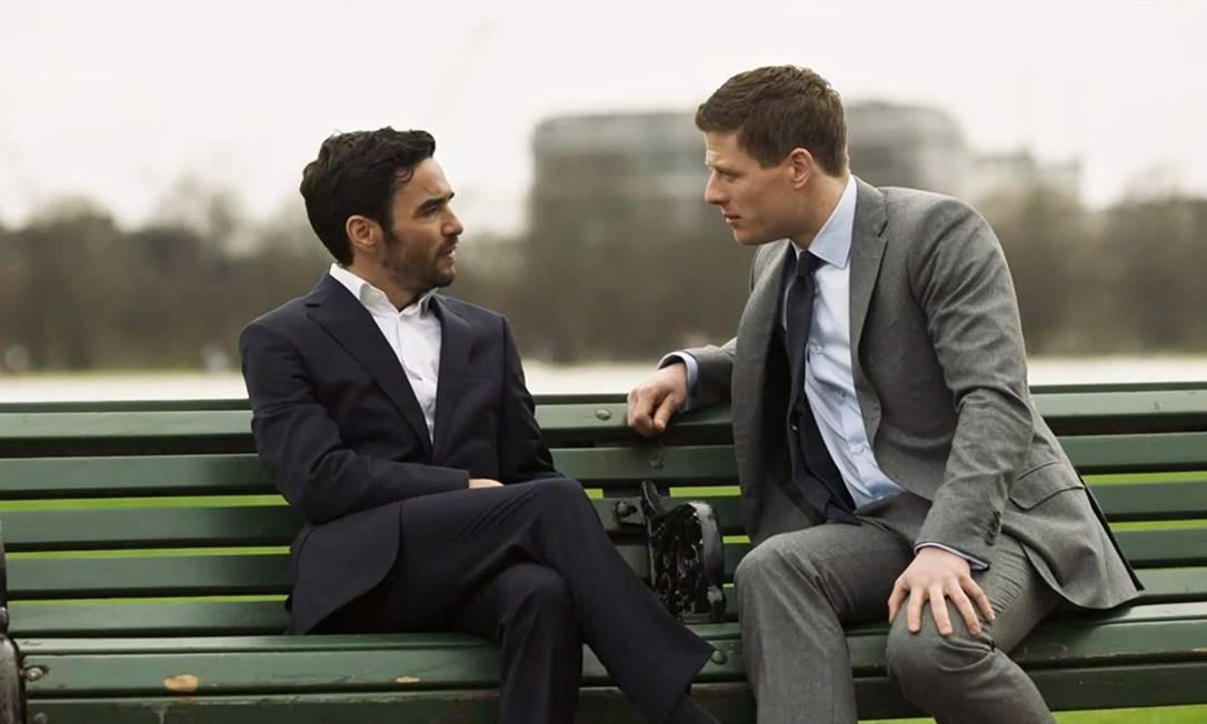 Caio Blat e James Norton em 'McMafia' Foto: Divulgação
