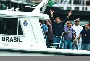 Bolsonaro volta da base militar da Restinga da Marambaia Foto: Marcelo Regua / Agência O Globo
