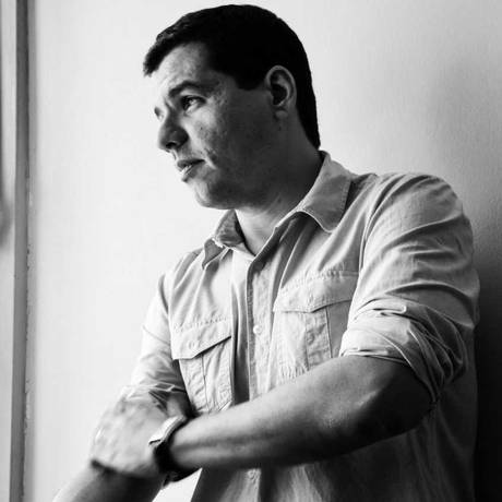 O escritor goiano André de Leones Foto: Divulgação