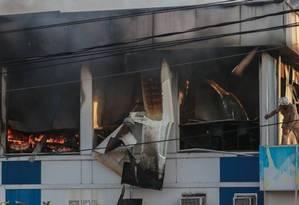 Incêncio na Coordenação de Emergência Regional (CER) do Hospital Municipal Lourenço Jorge, na Barra, ocasionou a morte de quatro pacientes após transferências Foto: Marcelo Régua / Agência O Globo