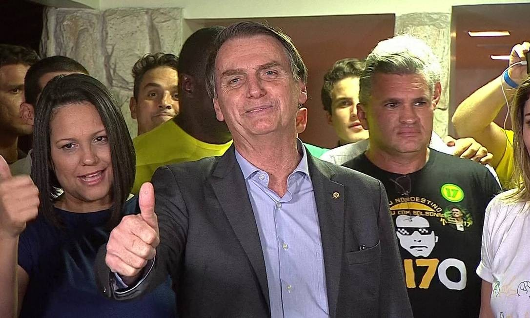 Entrevista coletiva de Jair Bolsonaro após resultado da eleição Foto: Reprodução TV Globo / Agência O Globo