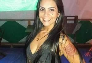 Adeclyr Costa Pereira Rodrigues, de 40 anos, estava com as filhas e a mãe quando foi baleada Foto: Redes Sociais