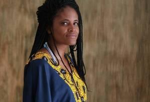 Djamila Ribeiro é autora do best-seller 'Quem tem medo do feminismo negro' Foto: Marcos Alves / Agência O Globo