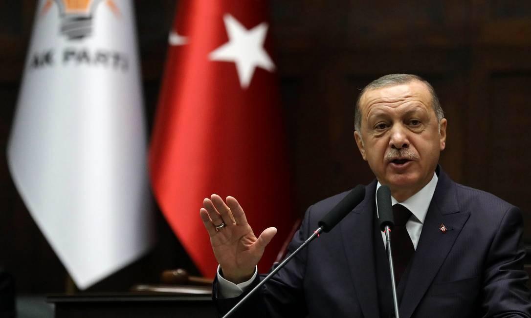 Presidente turco Recep Tayyip Erdogan discursa no Parlamento Foto: ADEM ALTAN / AFP