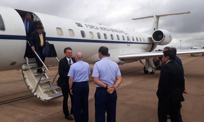 O presidente Jair Bolsonaro e o vice-presidente General Mourão viajaram em avião da FAB Foto: FAB