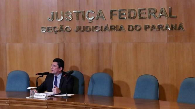 O juiz Sergio Moro concede entrevista coletiva Foto: HEULER ANDREY / AFP