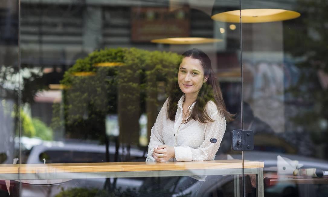 Livia Deorsola, tradutora indicada ao Premio Jabuti Foto: Edilson Dantas / Agência O Globo