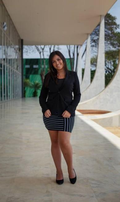 A universitária Bianca Machado vestiu saia, não tão comprida como antes exigido na Corte Daniel Marenco / Agência O Globo