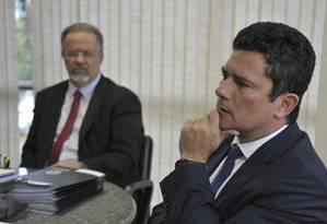O ministro da Segurança Pública, Raul Jungmann, e o futuro ministro da Justiça, juiz federal Sergio Moro, durante reunião Foto: Valter Campanato/Agência Brasil