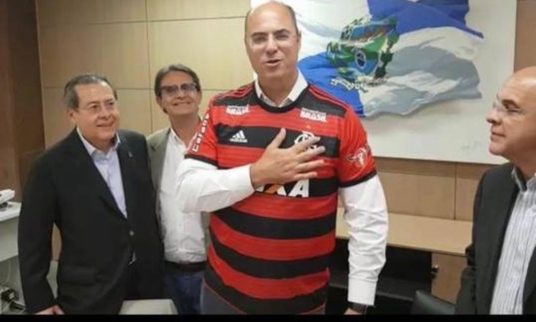 Encontro teve governador vestindo a camisa do clube Foto: Reprodução