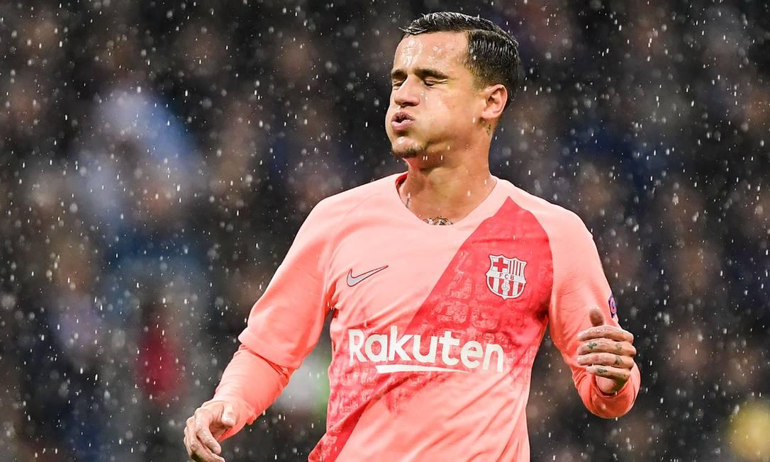 Philippe Coutinho teve lesão confirmada nesta quinta-feira Foto: MIGUEL MEDINA / AFP