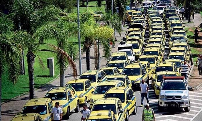 Táxis no Rio de Janeiro Foto: Jose Lucena / Futura Press