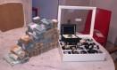 Relógios e dinheiro encontrado no gabinete do vereador Daniel Martins Foto: Divulgação PF