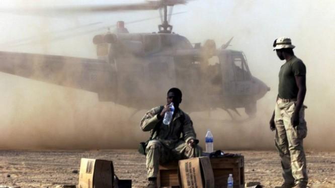 Soldados americanos no Sul do Afeganistão em 2 de dezembro de 2001: Guerra ao Terror Foto: Jim Hollander / Reuters/2-12-2001