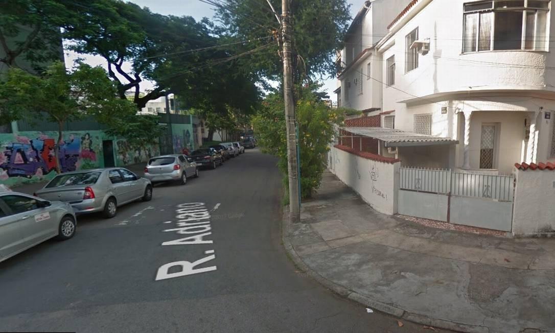 O incêndio foi em um condomínio na Rua Adriano, no Méier Foto: Google Street View