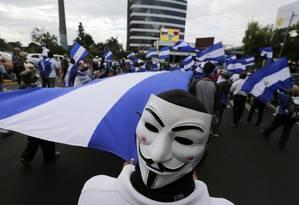 Manifestantes protestam contra o governo de Daniel Ortega, na Nicarágua: