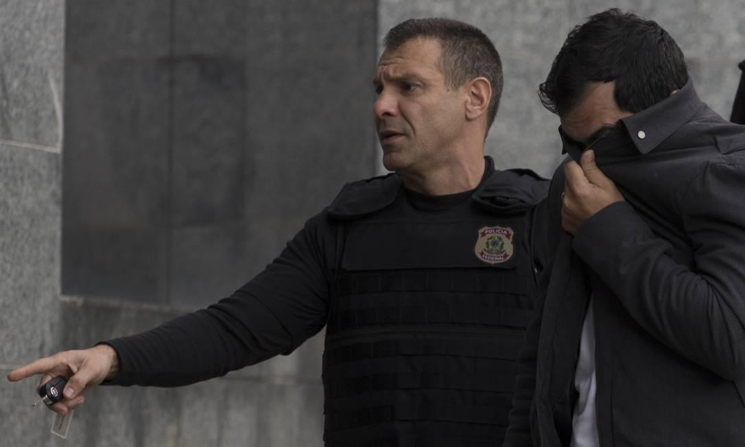 Policia Federal prende o ex-executivo do grupo J&F Demilton Antonio de Castro na Operação Capitu Foto: Edilson Dantas / Agência O Globo