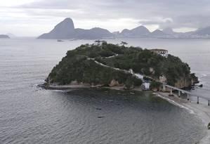 Sem visitas. A Ilha da Boa Viagem está há dois anos interditada pela Defesa Civil devido a riscos estruturais Foto: Márcio Alves / Agência O Globo
