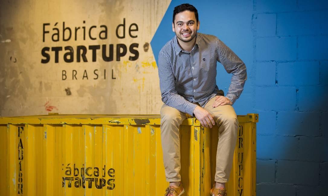 Hector Gusmão trouxe o modelo da Fábrica de Startups de Portugal para o Rio Foto: Leo Martins / Agência O Globo
