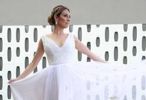 Natasha Dantas usou vestido Maria Mendes em seu segundo casamento com William Bonner Foto: Georgeana Godinho