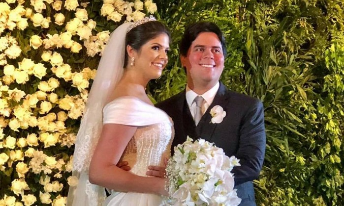 O deputado federal André Fufuca (PP-MA) se casou no fim de semana no Maranhão com Samira Mendes Braide Foto: Reprodução/Facebook