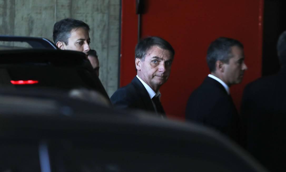 Jair Bolsonaro chega para encontro com equipe de transição em Brasilía Foto: SERGIO LIMA / AFP