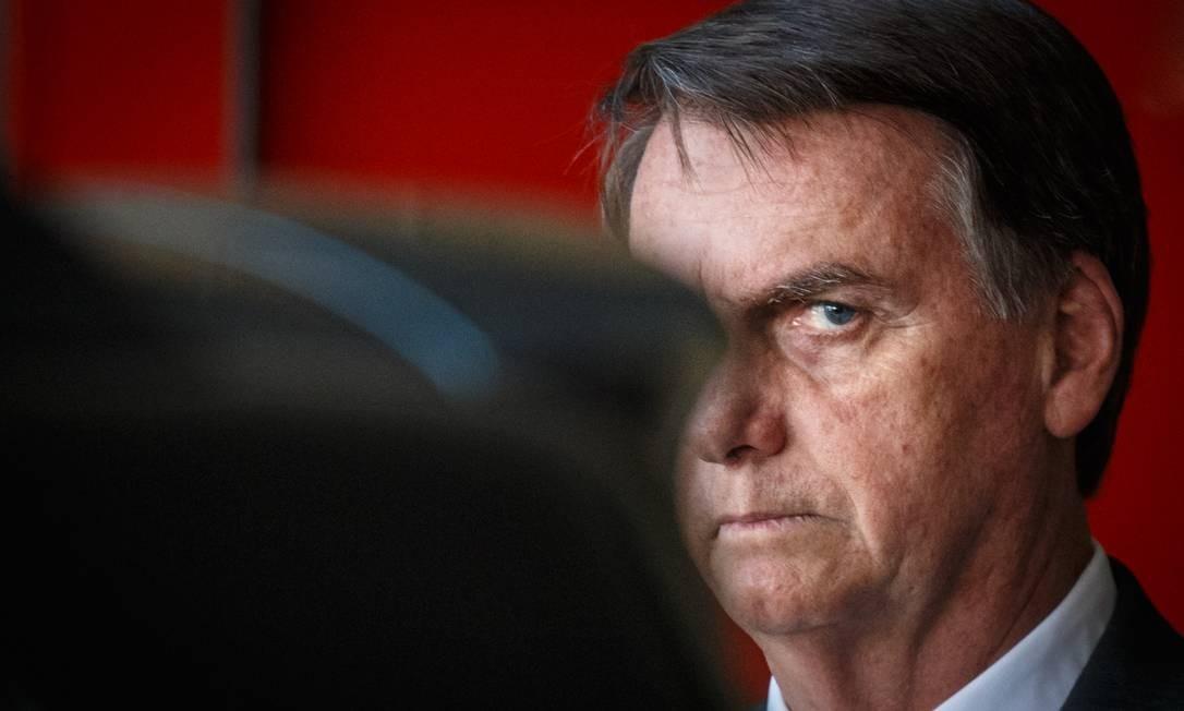 O presidente eleito Jair Bolsonaro (PSL) ao deixar o prédio do CCBB, em Brasilia Foto: Daniel Marenco / Agência O Globo