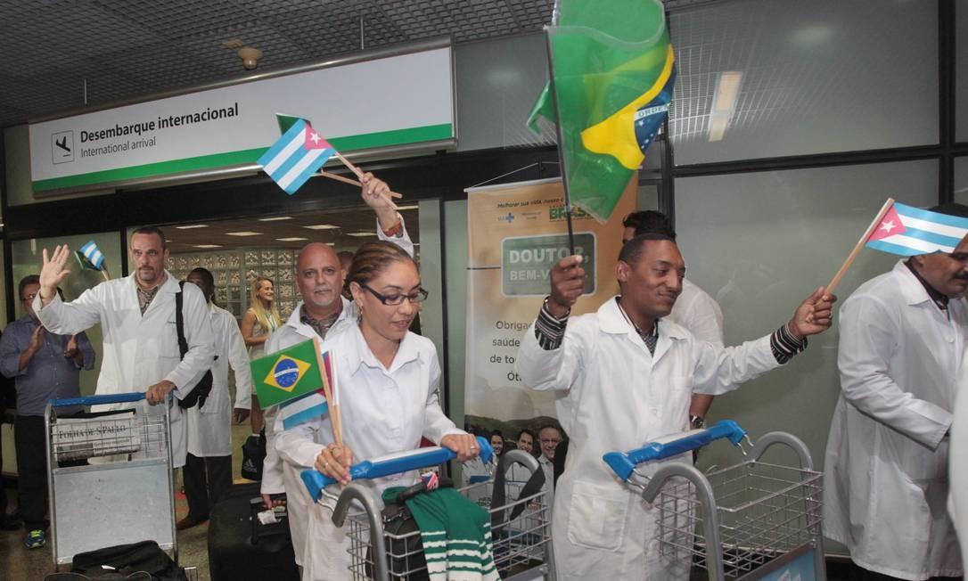 Chegada de médicos Cubanos no Brasil no início do Programa Mais Médicos Foto: Givaldo Barbosa / Givaldo Barbosa/Agência O Globo