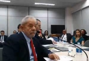 O ex-presidente Lula presta depoimento sobre o sítio de Atibaia Foto: Reprodução
