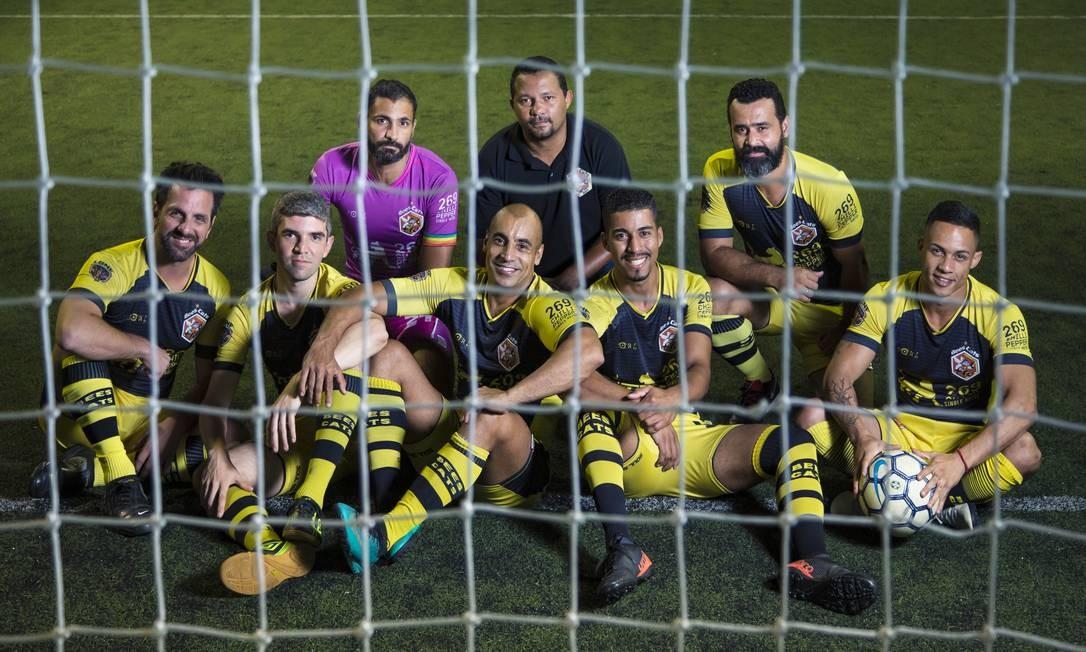 BeesCats Soccer Boys: das peladas na Zona Sul para o mundo Foto: Leo Martins / Agência O Globo