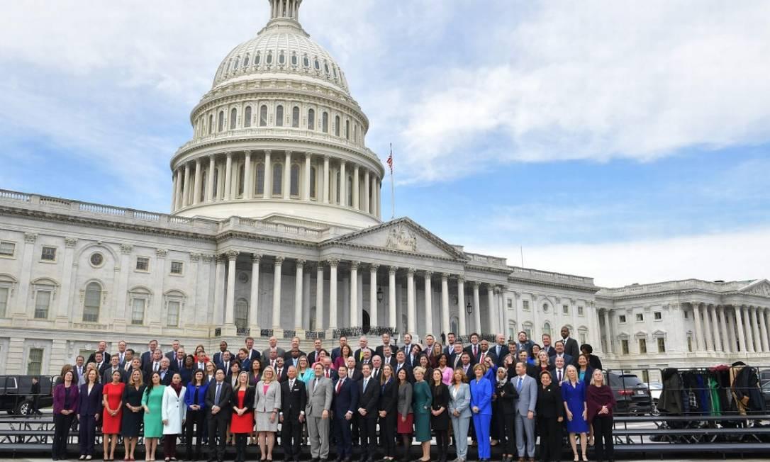 Foto de deputados eleitos nos EUA mostra diversidade na representação do Congresso Foto: Mandel Ngan/AFP