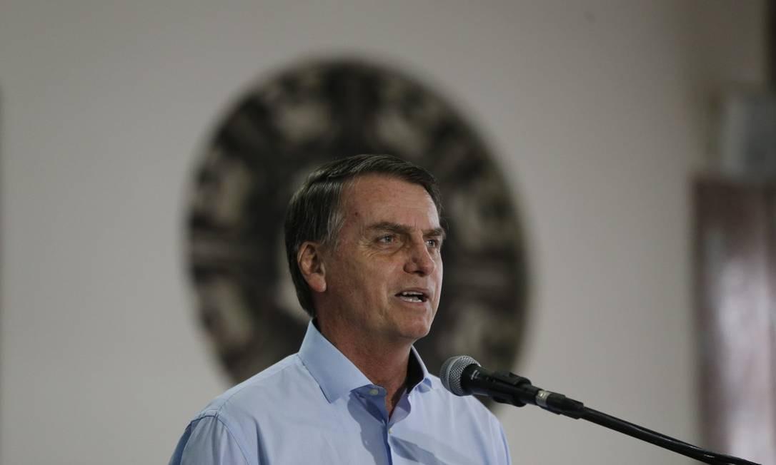 Bolsonaro encontrou nesta sexta-feira com comandante da Marinha Foto: Pablo Jacob / Pablo Jacob