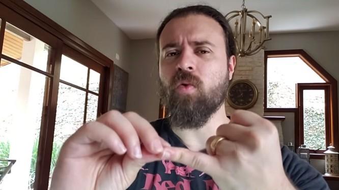 O youtuber Nando Moura, recomendado pelo presidente eleito Jair Bolsonaro Foto: Reprodução
