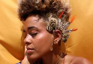 Gabi Monteiro em foto feita durante a sua visita a Manchester, no Reino Unido Foto: Morgane Henninot, no Estúdio Vertical