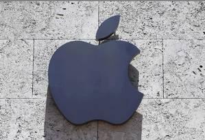 Fabricante de iPhone separou US$1 bilhão de seu orçamento do próximo ano para gastar com produções originais Foto: Logo da Apple