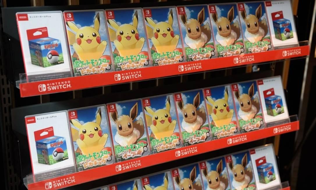 Os games Let's Go Pikachu e Let's Go Eevee, lançados nesta sexta-feira em todo mundo Foto: / Bloomberg