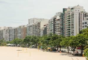 A Praia de Icaraí ganhará novos quiosques e um mirante Foto: Brenno Carvalho / Agência O Globo