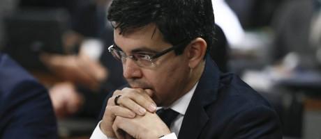 O Senador Randolfe Rodrigues Foto: André Coelho / Agência O Globo