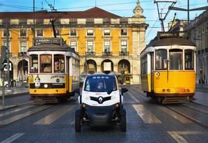 Empurrãozinho. Com subsídio de € 750 mil do governo português, a start-up Live Electric Tours ampliou sua frota de carros elétricos nas ruas de Lisboa e ganhou um prêmio na Europa: Portugal oferece até bolsa para atrair empreendedores Foto: Divulgação