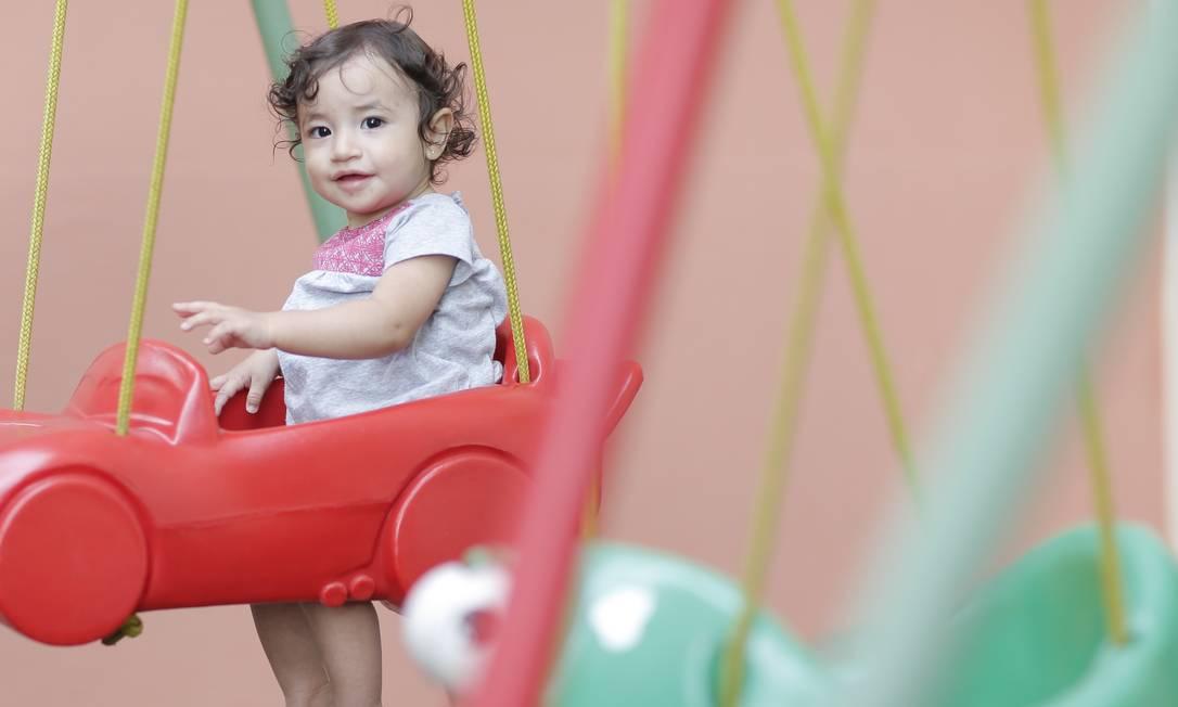 Suplementação. A mãe de Sophia, 1 ano, descobriu por acaso que a menina tinha anemia e precisava de suplementação com ferro Foto: Edilson Dantas / Edilson Dantas