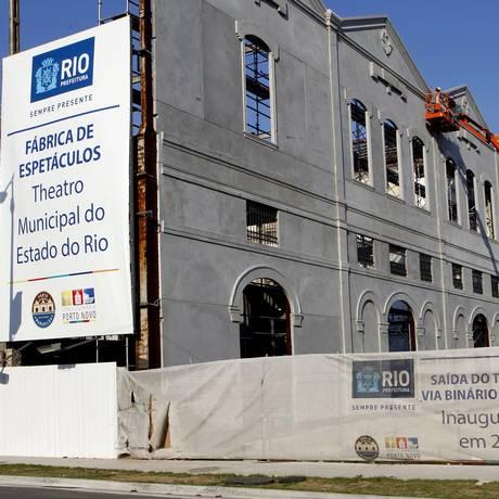 Fabrica de espetáculos do Teatro Municipal: obras paradas há cerca de dois anos Foto: Gustavo Miranda / Gustavo Miranda